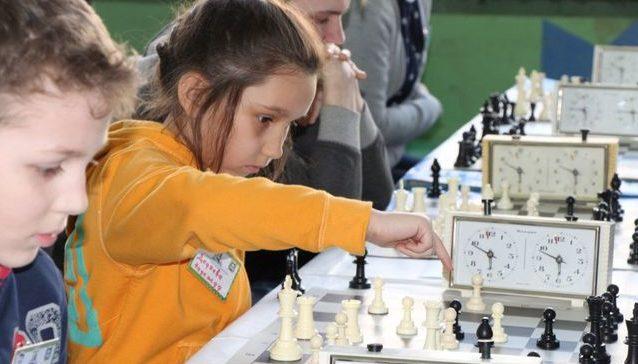 Лицеисты из Кургана стали победителями Школьной шахматной лиги