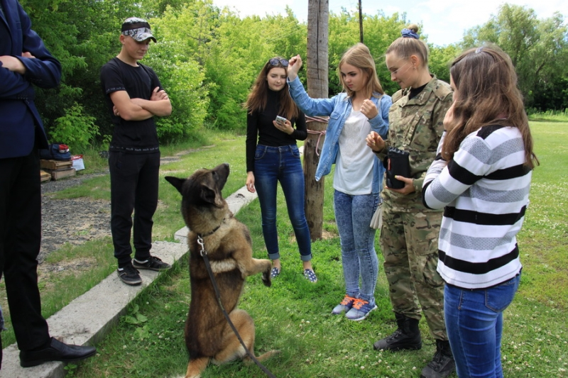 Зауральские подростки посетили УМВД России по Курганской области