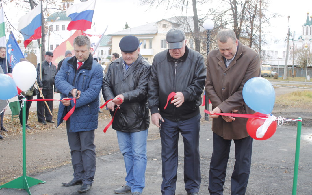 Новая детская площадка появилась в Далматово
