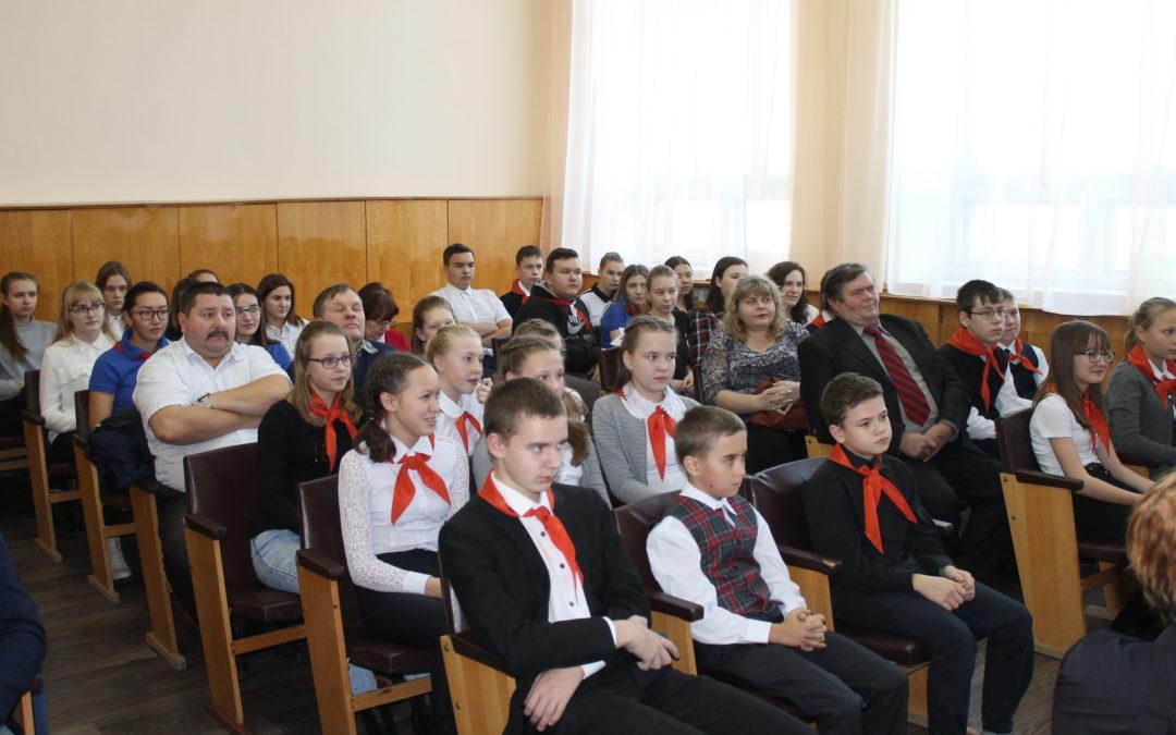 В Далматово создан молодежный патриотический клуб