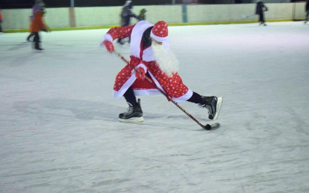 В Петухово молодежь устроила «Рождественские катания»