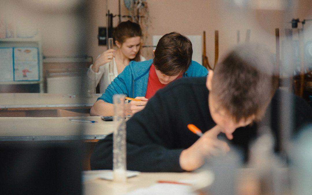 Школьников приглашают поучаствовать в межрегиональных олимпиадах