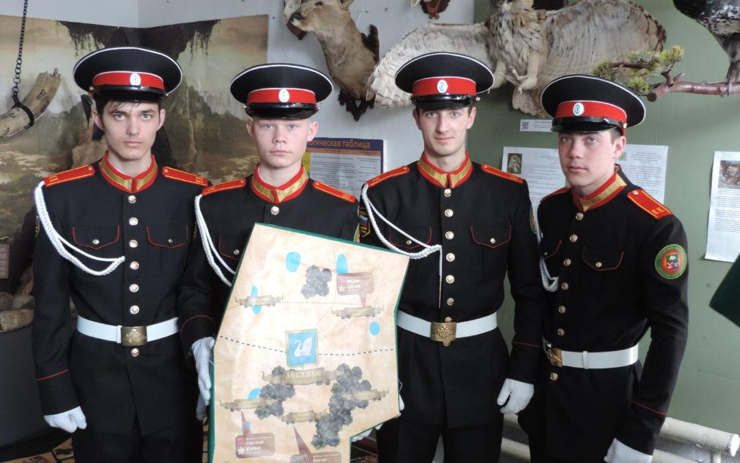 В Лебяжье презентовали передвижную патриотическую выставку