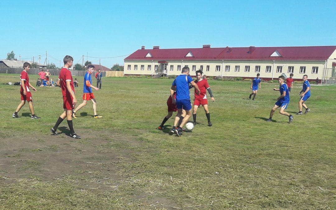 Белозерские футболисты завершили чемпионат по дворовому футболу
