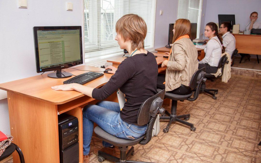 Школьниц научат создавать сайты