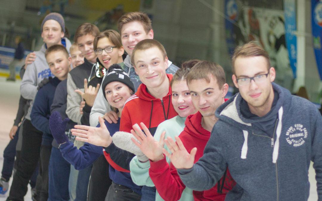 Курганские студенты поучаствовали в массовых катаниях
