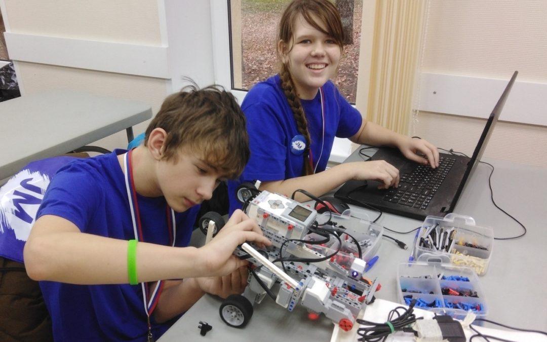 Юные робототехники взяли золото на чемпионате России