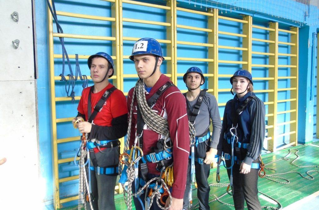 Юные спасатели прошли «школу безопасности»