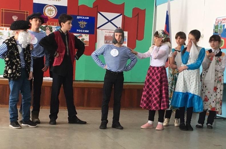 Петуховская молодежь поучаствовала в патриотическом слете