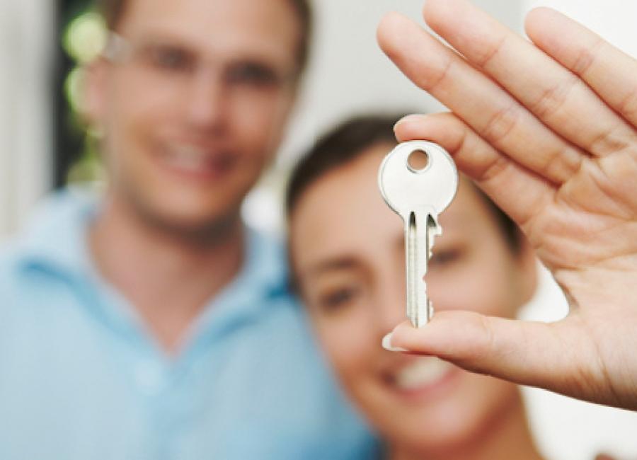 Курганцы могут получить до 300 тысяч на первый взнос по ипотеке