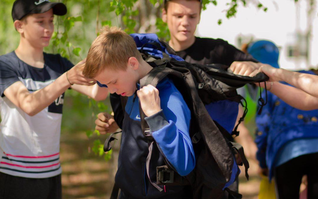 Сто зауральских школьников прошли Школу туриста