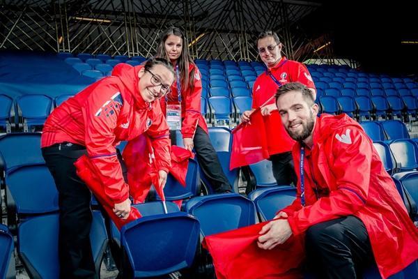 Зауральские волонтеры могут стать частью чемпионата по футболу 2020