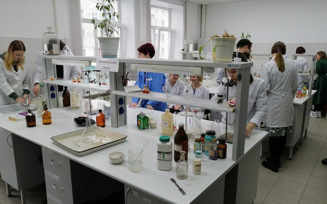 КГУ будет выпускать биотехнологов
