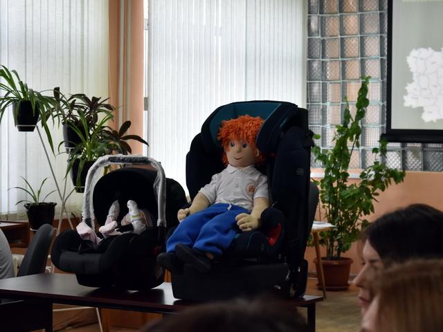 В Юговке прошёл круглый стол на тему безопасности детей