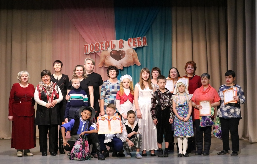 В Далматово открыли декаду инвалидов ярким фестивалем