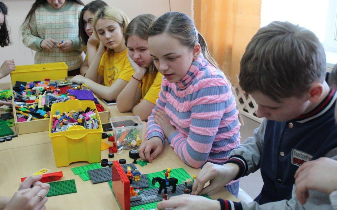 Лебяжьевские волонтеры готовятся к Году памяти и славы