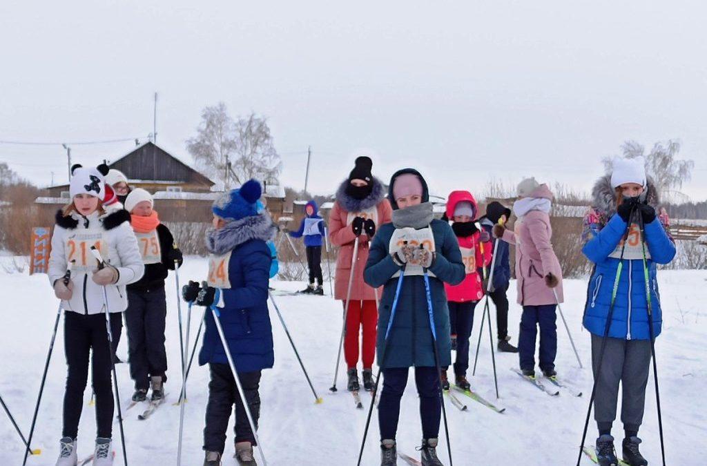 Лебяжьевские спортсмены вышли на лыжню