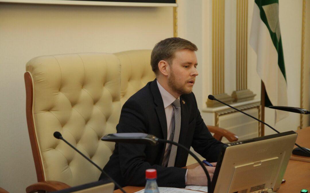 Новый федеральный закон «О молодежной политике в Российской Федерации» расширит права молодежи